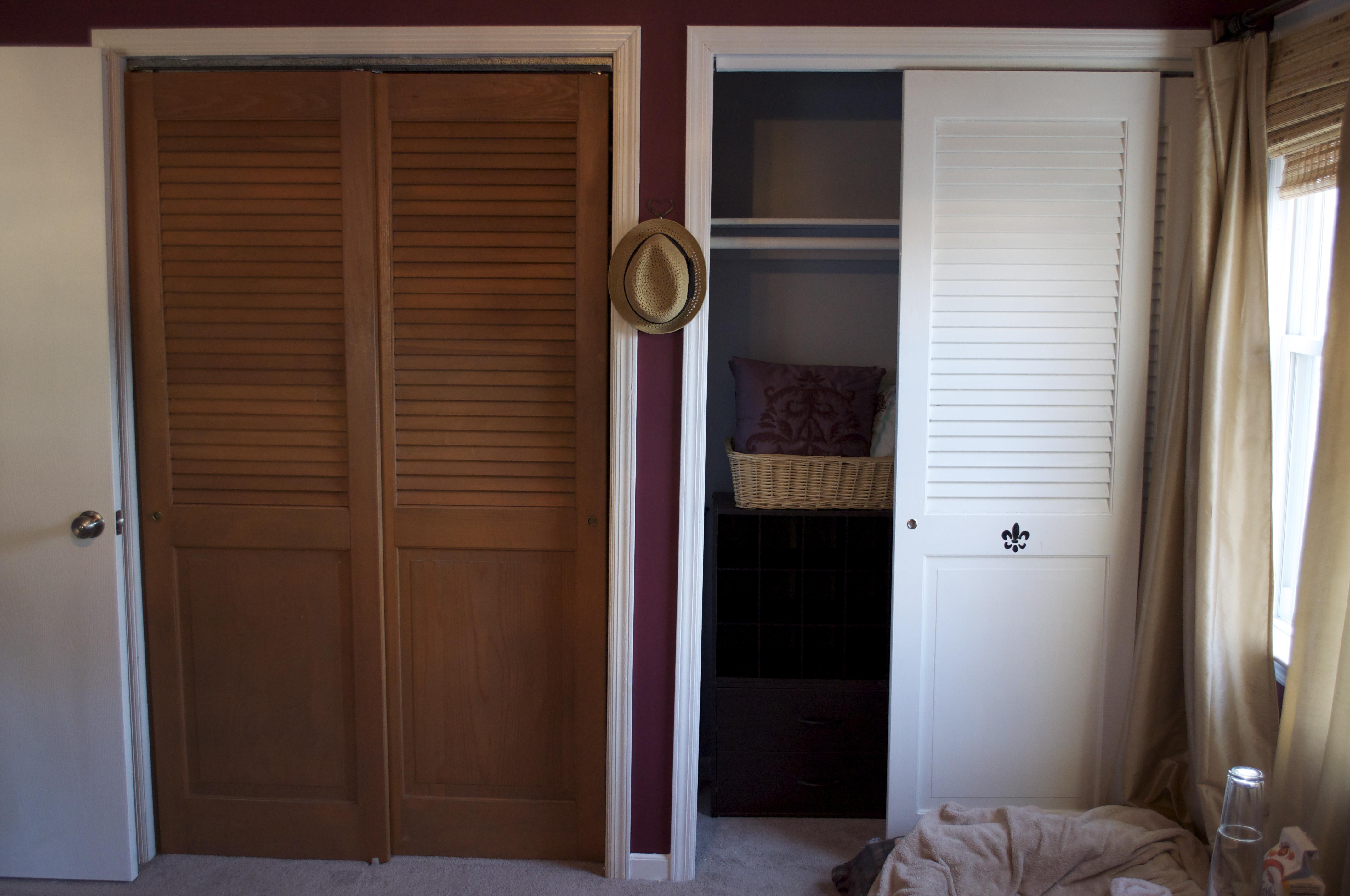 Rehang Closet Door How To Reattach A Closet Door